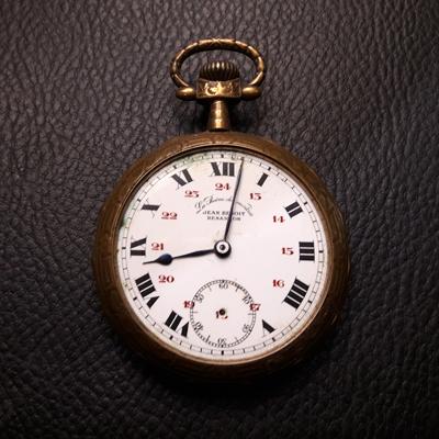 Marguerite-Sitthy-Bijouterie-Blois-41-reparation-transformation-horlogere-montre-à-gousset